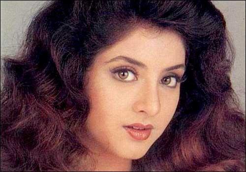 Divya Bharti All Movies List-दिव्या भारती की सारी फिल्में